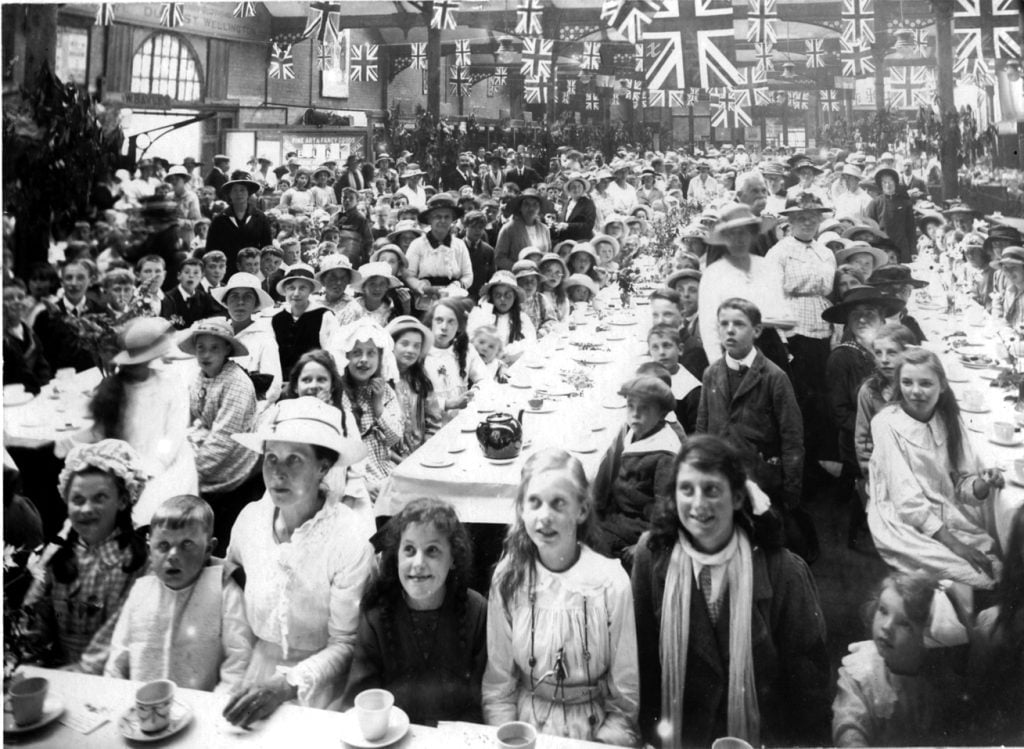 peace-celebration-tea-for-1500-local-children-was-held-on-Tuesday-29th-july-1919